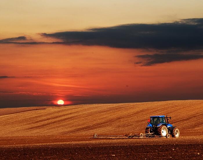 Autonomous Farming - Autonomous tractors